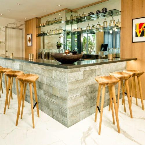 Building common area bar