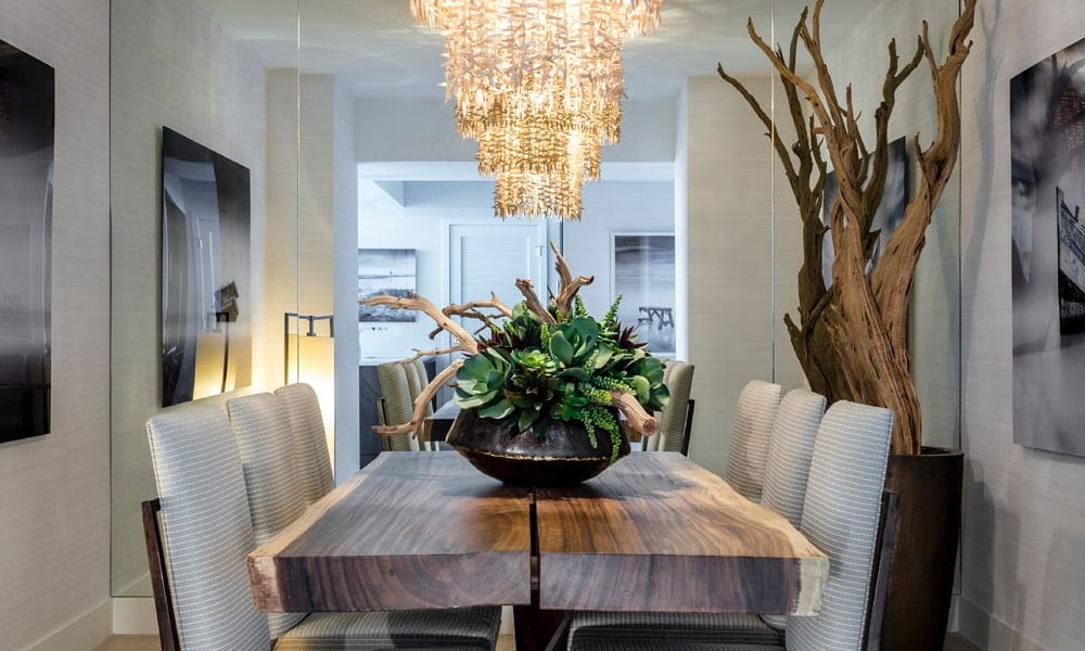 luxury dining room and chandelier image