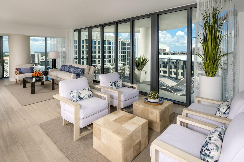 luxury apartment patio image
