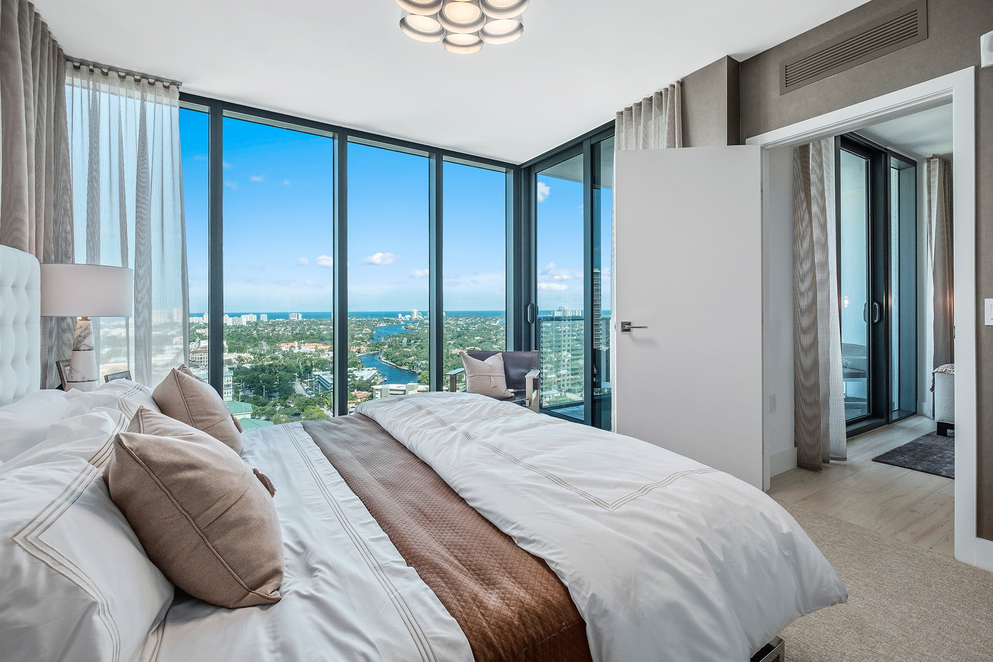 model bedroom with sky view